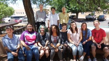 UNM Physics and Astronomy Department hosts Research Experiences for Undergraduates