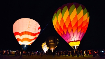 UNM students rise with hot air balloons