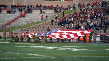 'Heroes Day' at UNM honors veterans and first responders