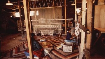 Navajo rug auction benefits Maxwell Museum