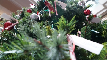 ASUNM Giving Tree provides gifts for needy children