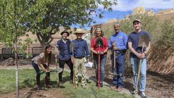 Sustainability Program honors Earth Day by planting trees