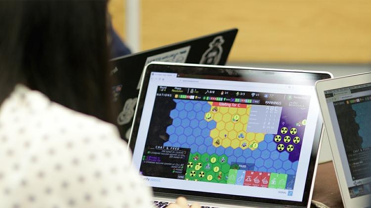 UNM intern works on experimental wargame