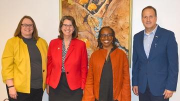 UNM vice presidents visit UNM-Los Alamos branch campus