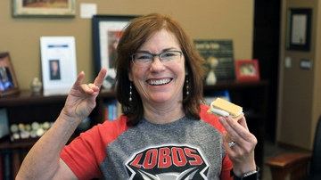 Join President Stokes for her first s'more