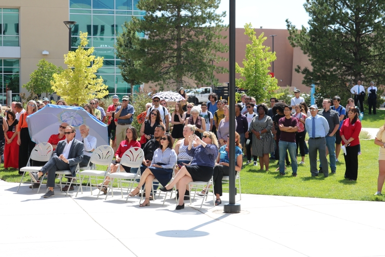Honors College ribbon cutting ceremony
