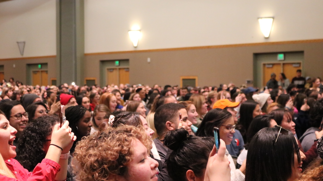 More than 900 people attended Penn Badgley event