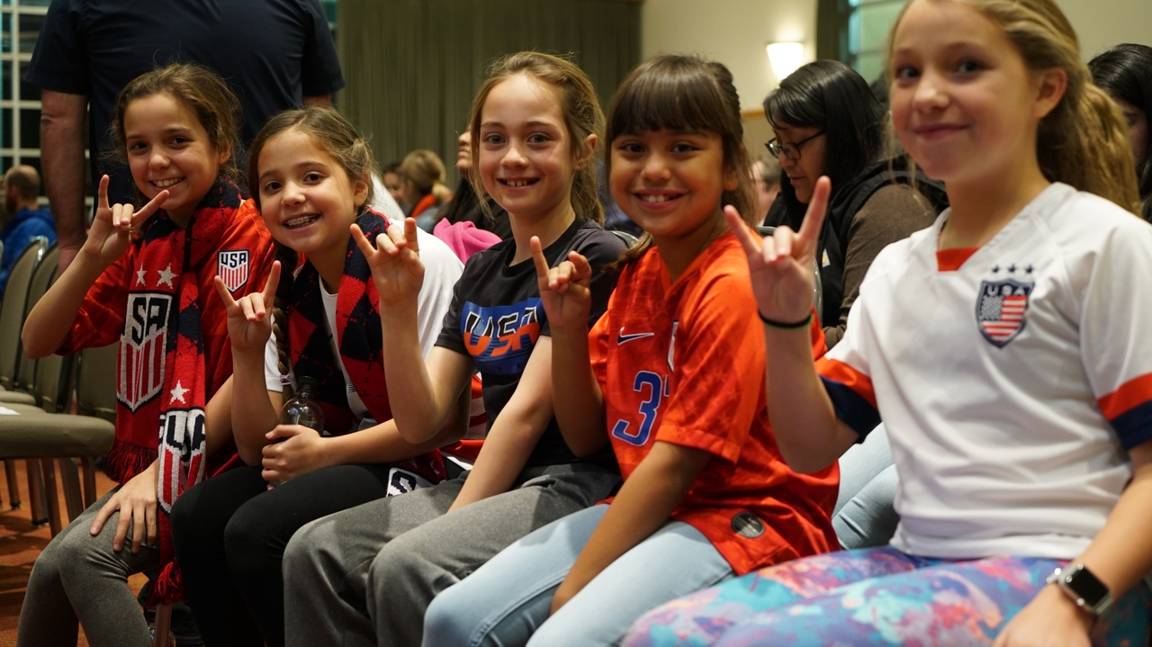 Future Lobos sit front row at Hope Solo Q&A session