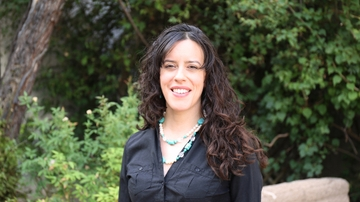 Visiting scholar examines intersections of New Mexican language and identities
