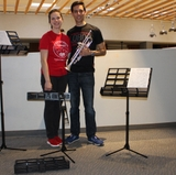 Student entrepreneurs make a pitch for music stand business