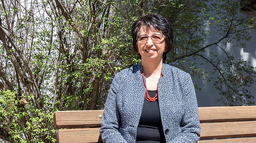UNM director honored as a Pillar of the Profession