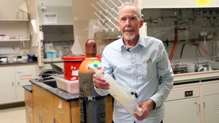 Dave Whitten, Distinguished Professor