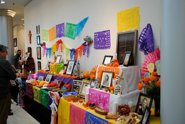 Delicately cut, brightly colored tissue paper that dance on the breeze, the Papel Picado reflects the movement of the wind