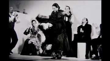 Professor who brought Flamenco to UNM retires