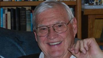 """Former UNM President William """"Bud"""" Davis dies"""