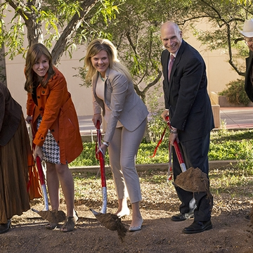 Faculty Memorial Sculpture Groundbreaking