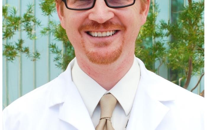 Dr. Thomas Schroeder