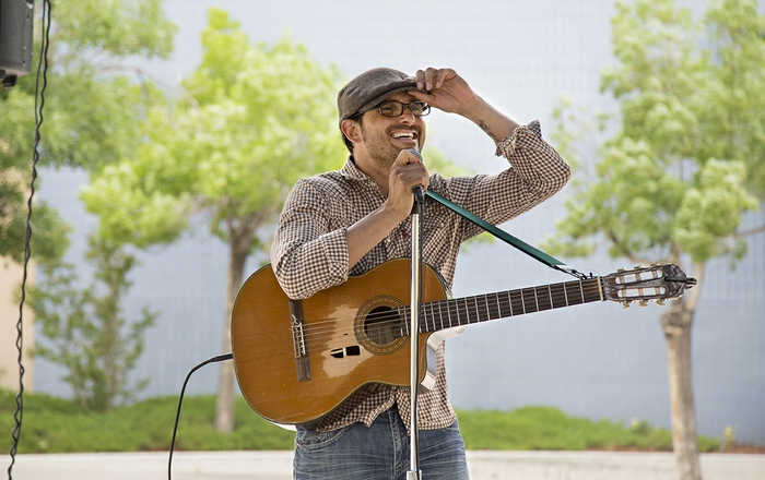 Rock and blues artist Keith Sanchez