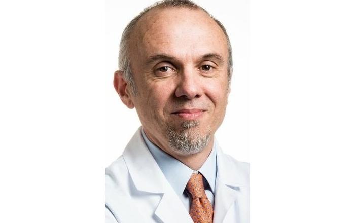Dr. Olivier Rixe