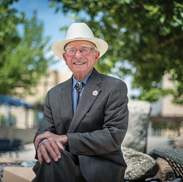 UNM School of Medicine honors 'Living Legend'