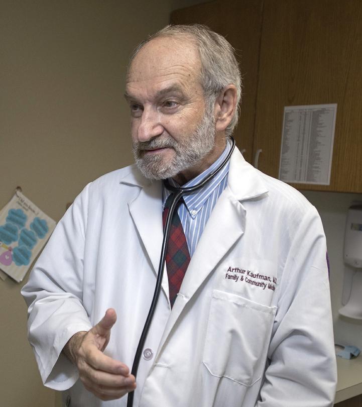 Arthur Kaufman, MD