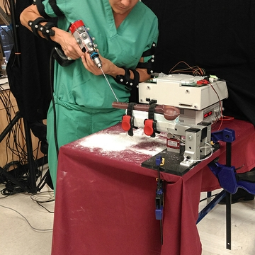 UNM orthopaedics investigates 'smart' surgical tools for residents