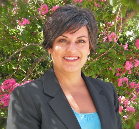 Lisa Cacari Stone