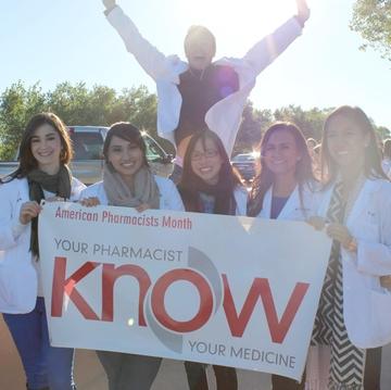 UNM College of Pharmacy students