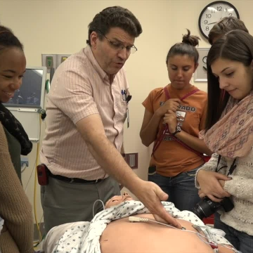 UNM Health Sciences showcases careers to students