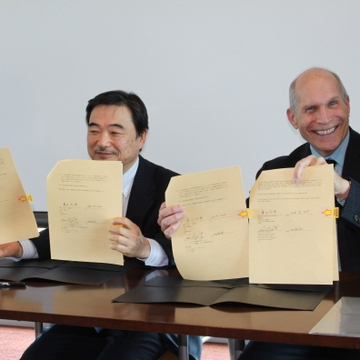 UNM School of Medicine signs collaborative agreement with Japan's Sendai City Hospital