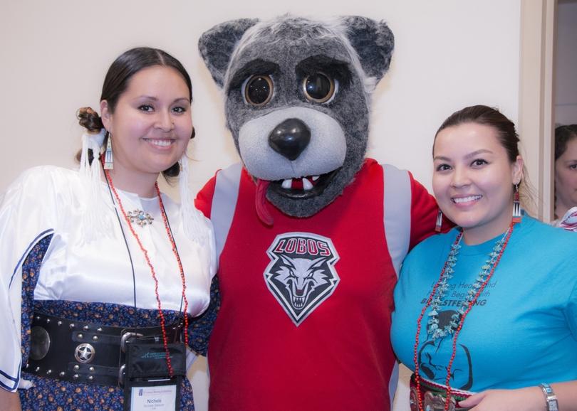 UNM College of Nursing alumni Nichelle Salazar and Brittany Simplicio