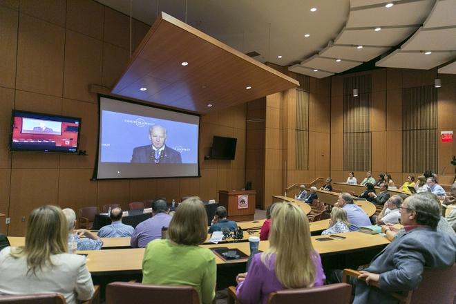UNM Cancer Center joins Biden's 'Cancer Moonshot'