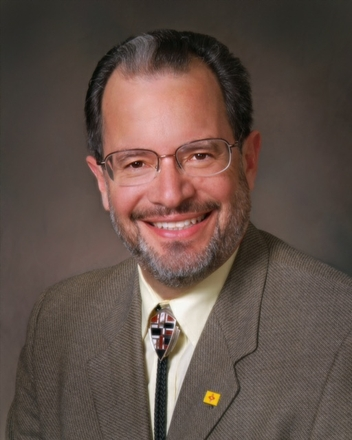 Alfredo Vigil, MD