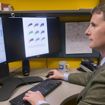 UNM Health Sciences Center receives $2.4 million award for bipolar disorder study