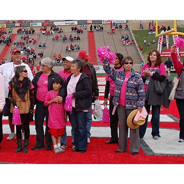 """Lobos Love Pink"" honors breast cancer survivors"