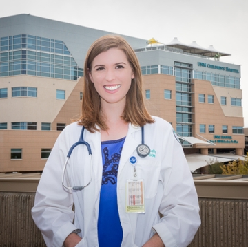 'Chaplain Clare' Offers Patients Both Spiritual and Diagnostic Care