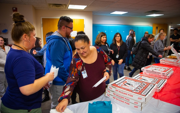 Pizza Giveaway as Thanks for UNM Gives Fundraising