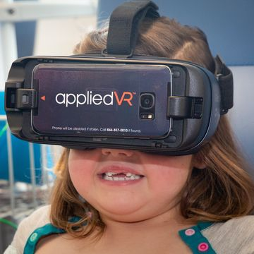 UNM Child Life Enters Into Virtual Reality