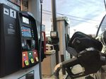 AAA Texas: Gas Prices Continue Plunging as Stocks Build