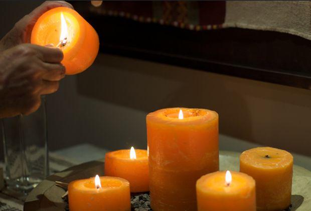 Fall holiday candles
