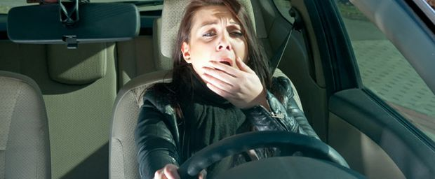 Woman-Driving-Drowsy-AAA
