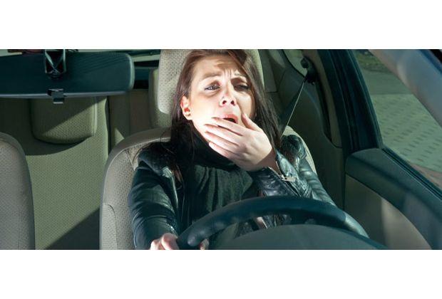 Woman-Driving-Drowsy-AAA