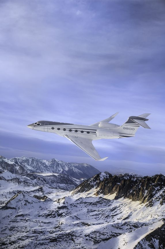 Gulfstream G500 On Final Approach For Type Certification