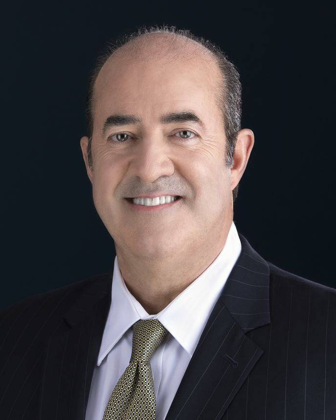 Марк Бернс (Mark Burns), Президент корпорации