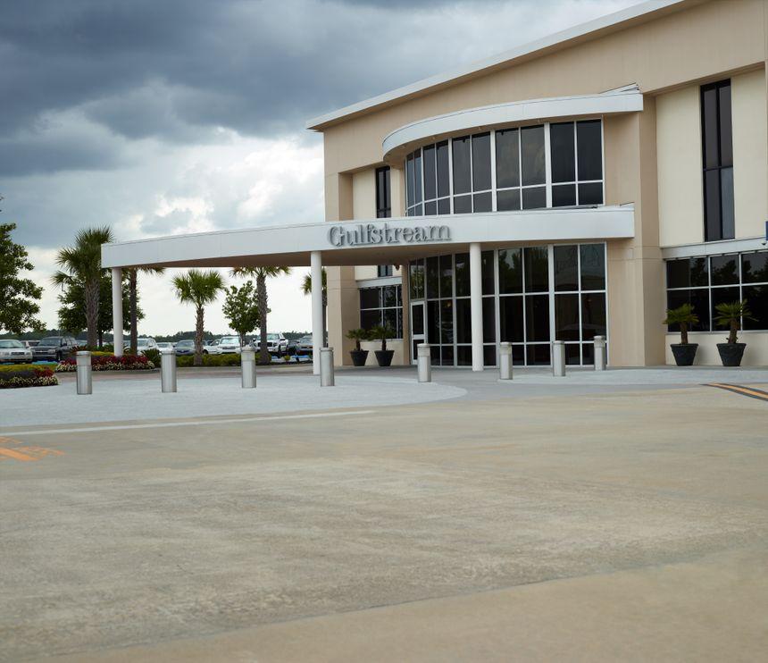Gulfstream Sales and Design Center in Savannah