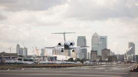 湾流G280在伦敦城市机场进行运营认证飞行_1