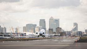 湾流G280在伦敦城市机场进行运营认证飞行_2