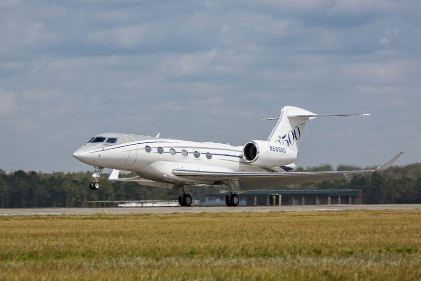 湾流G500生产型试飞飞机成功首飞