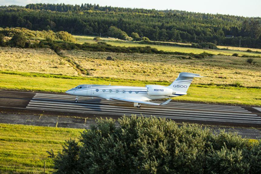 湾流开始向欧洲客户交付G500