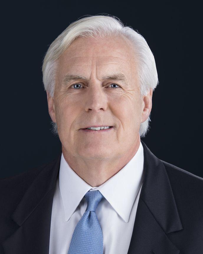 Dan Clare, 商业技术高级副总裁兼首席财务官